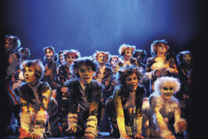 Cast of Cats at Torquay